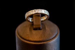 Goldring 18k mit Diamanten